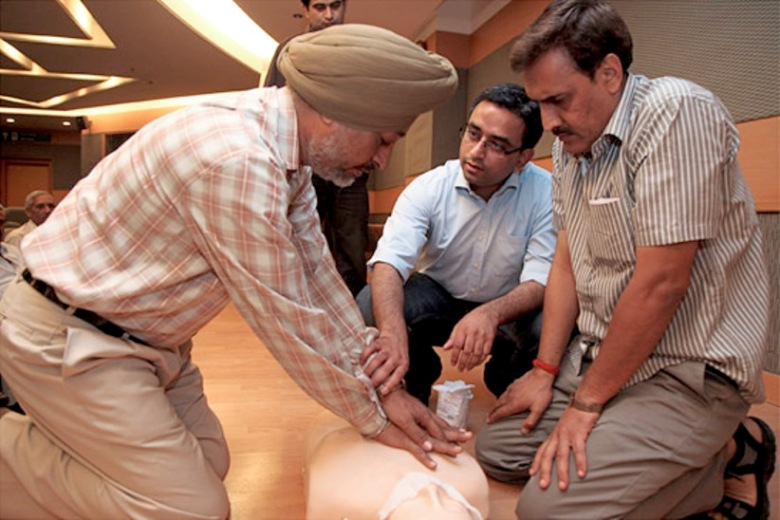 During a training course for police officers, Piyush Tewari (centre), teaches vital lessons in basic trauma care
